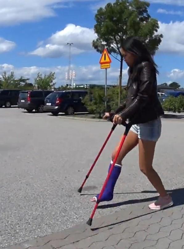 Patreon FREE PREVIEW:  Bunny SLC crutching