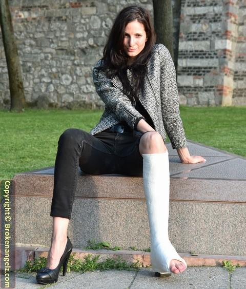 Emma - White Plaster SLWC