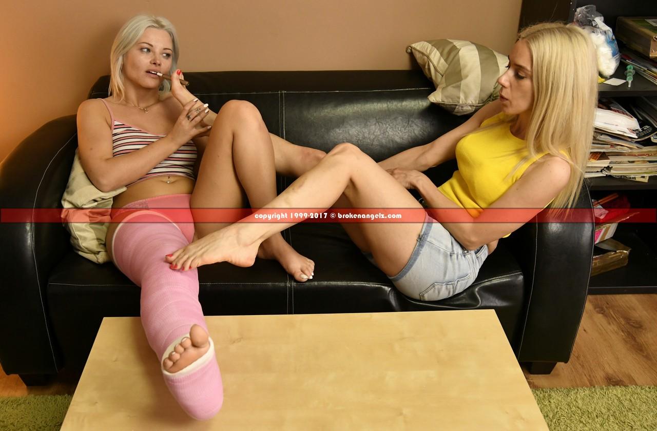 Zazie pink LLC - Erotic - Erotic Big Pix &Clip