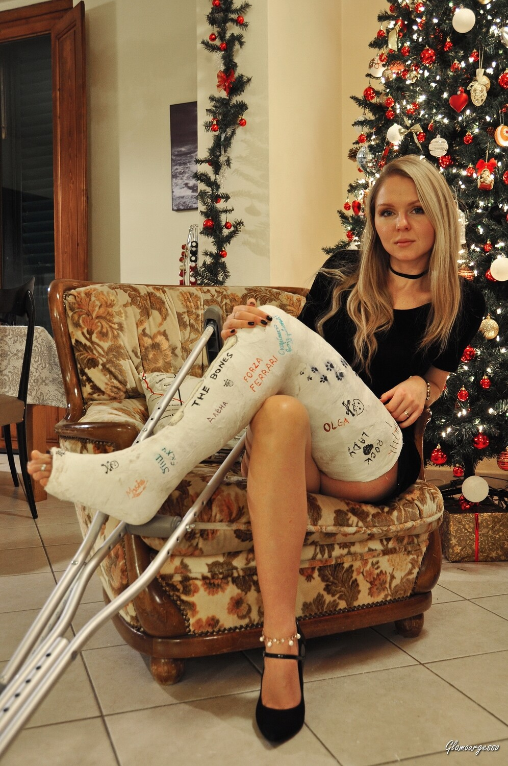 Ukrainian professional model Svitlana wears her severely ankle bent LLC, while you follow the scene by her boss at hostess agency point of view in an extremely long and sexy story with more than 2 hours of video!
