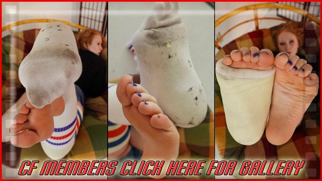Izzabella's Tube Sock Cast Talk LLC - Part 4 (100 pics)