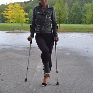 Mika inj black SLC on crutches (215 photos, $3.56)